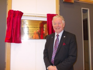 Bill Walker MSP at the newly unveiled plaque in Dunfermline High School